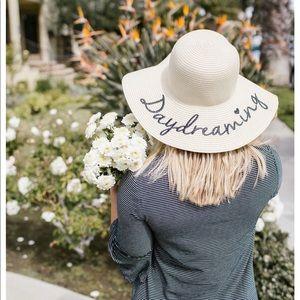 Daydreaming sun hat